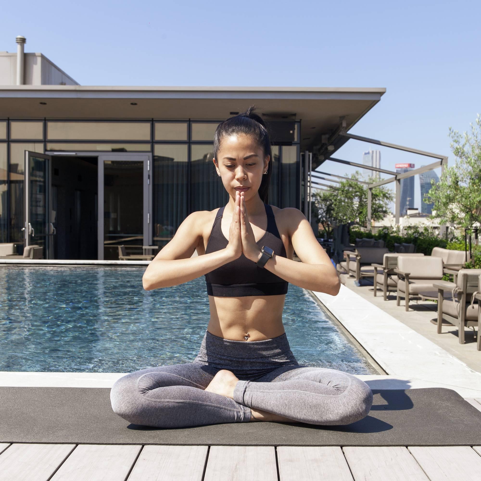 HotelViu_yoga_2_crop